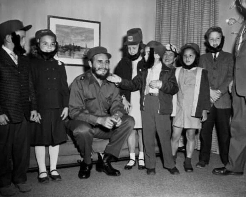 Fidel Castro e i ragazzi