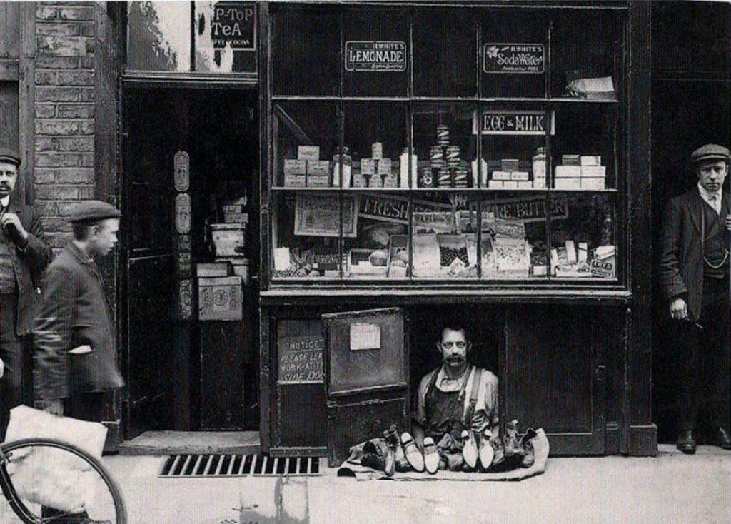 negozio dentro negozio