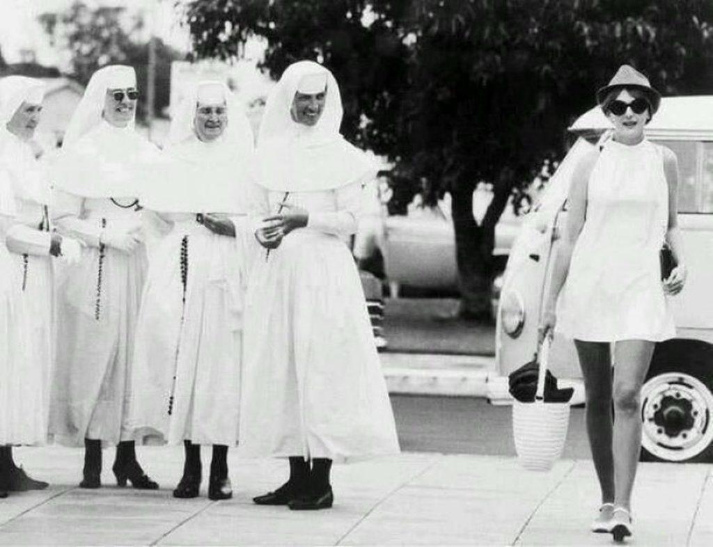 moda anni '60 suore